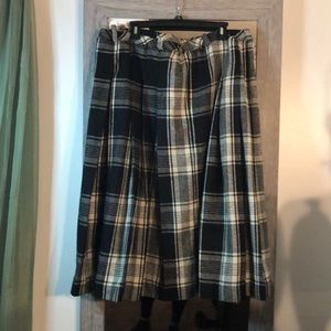Dresses & Skirts - Pleated wool skirt